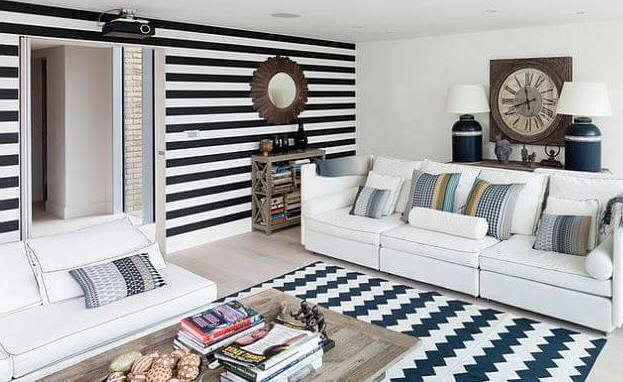 Black-and-White-Striped-Wall